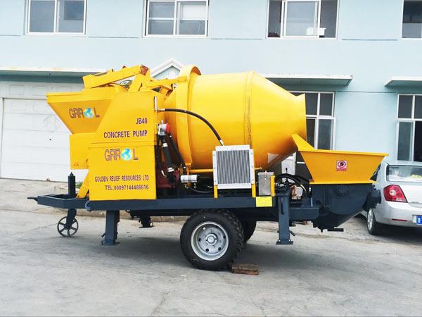 JBS 40 concrete mixer with pump